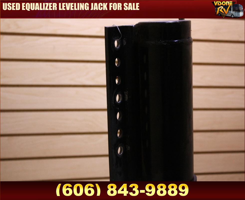 Leveling_Jacks