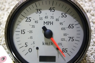 USED SPEEDOMETER 945869 081403 FOR SALE