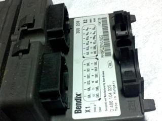 USED RV/MOTORHOME BENDIX ABS MODULE PN 300208 FOR SALE