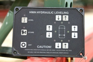 USED RV/MOTORHOME HWH CORP. HYDRAULIC LEVELING MODULE TOUCH PAD MODEL: AP29691 *OUT OF STOCK*