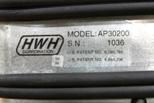 USED RV/MOTORHOME HWH CORPORATION LEVELING SYSTEM CONTROL BOX MODEL: AP30200 S/N: 1036