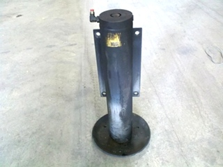 USED POWER GEAR LEVELING JACK P/N 501137 FOR SALE