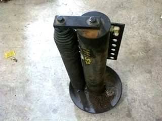 USED POWER GEAR LEVELING JACK P/N 500800 FOR SALE