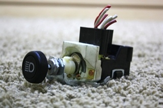 USED MOTORHOME HEADLIGHT CONTROL SWITCH 039109 RV PARTS FOR SALE