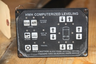 USED RV/MOTORHOME COMPUTRERIZED LEVELING CONTROLLER - NO PART NUMBER