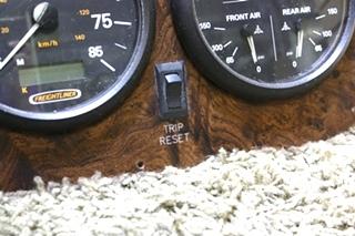 USED RV FREIGHTLINER DASH CLUSTER FOR SALE