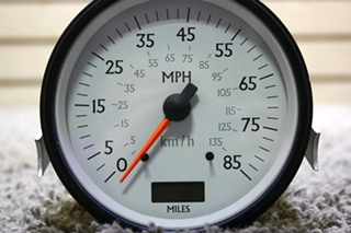 USED 945547 SPEEDOMETER RV PARTS FOR SALE
