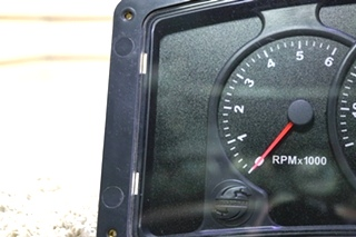 USED RV WORKHORSE DASH CLUSTER W02640404 FOR SALE