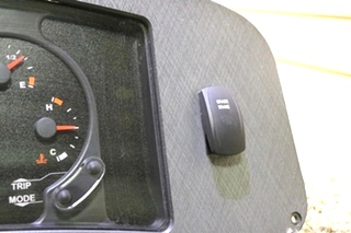 USED WORKHORSE CHASSIS RV DASH CLUSTER FOR SALE