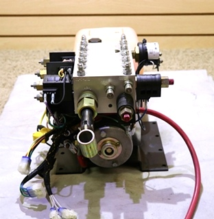 USED MOTORHOME S103T*4989 EQUALIZER SYSTEM HYDRAULIC PUMP RV PARTS FOR SALE