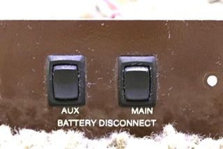 USED L9224HP RV AUX/MAIN BATTERY DISCONNECT SWITCHES MOTORHOME PARTS FOR SALE