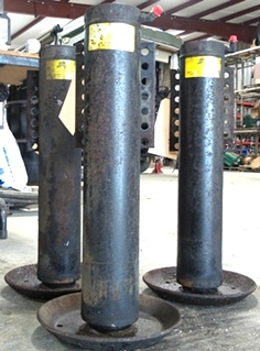 USED POWER GEAR LEVELING JACK 500070 FOR SALE