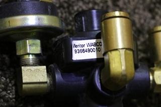 USED WABCO 9366490010 PARKING BRAKE VALVE RV PARTS FOR SALE
