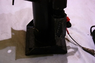 USED HWH LEVELING JACK AP7002 FOR SALE